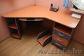 угловой письменный ,  компьютерный стол.